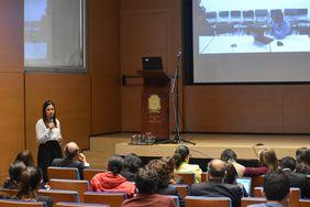 Sesión de preguntas al final de la charla (Foto: Vicerrectoría de Investigación)