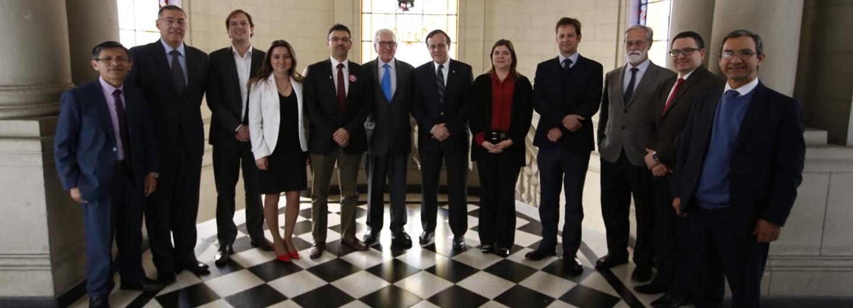 Foto: Foto: Vicerrectoría de Investigación de la Pontificia         U. Católica de Chile