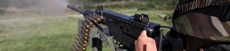 Soldado con ametralladora