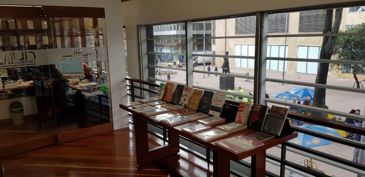 Librería UN Las Nieves