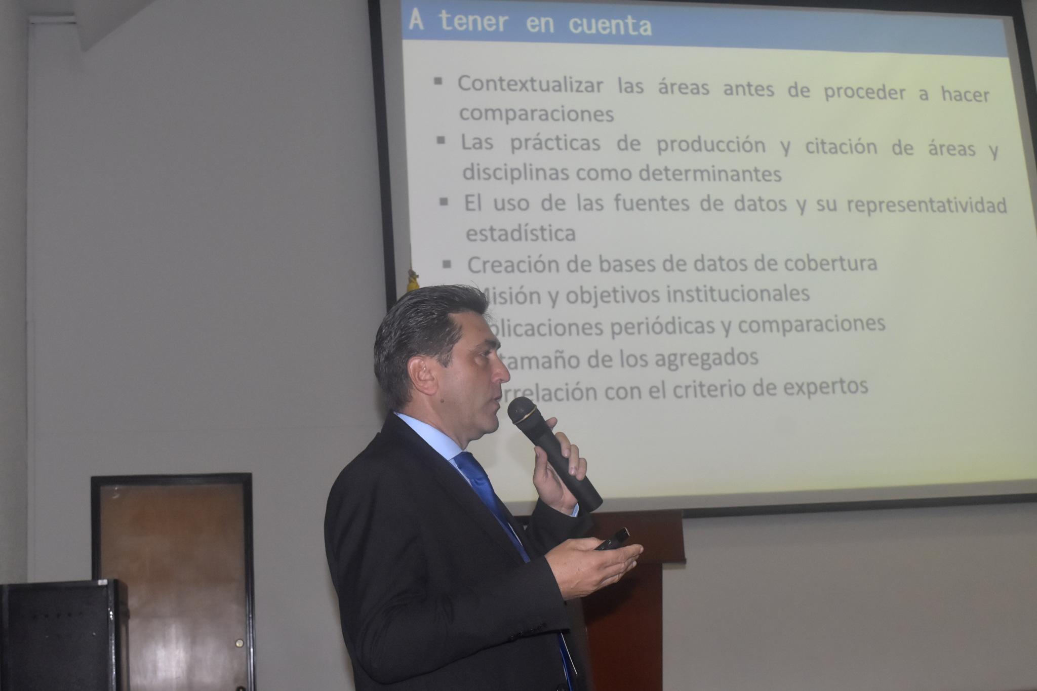 Orlando Chaviano, profesor de la Pontificia U. Javeriana (Foto: Camilo Baquero/VRI)