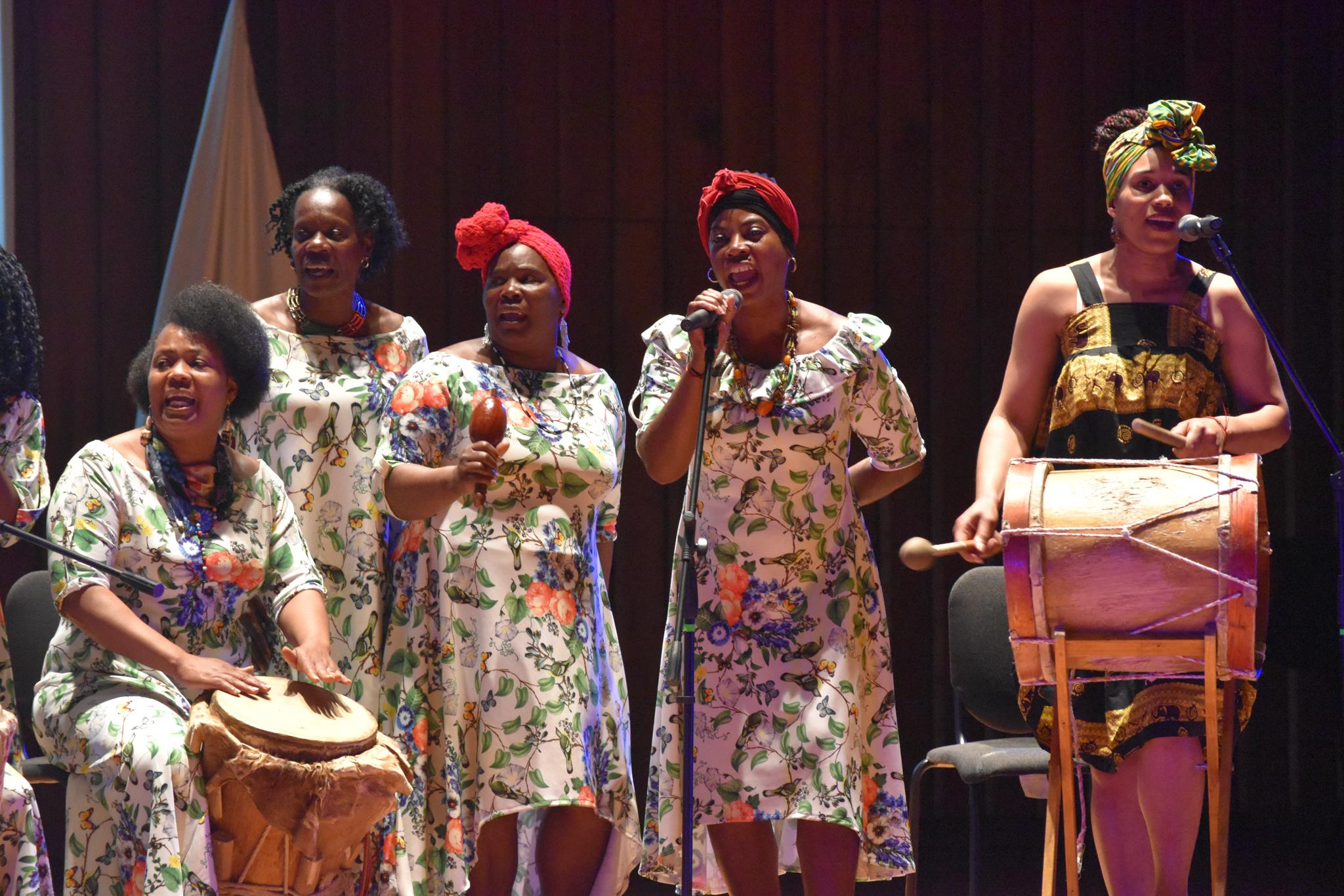 Presentación del grupo Echembelé (Foto: Aura Flechas)