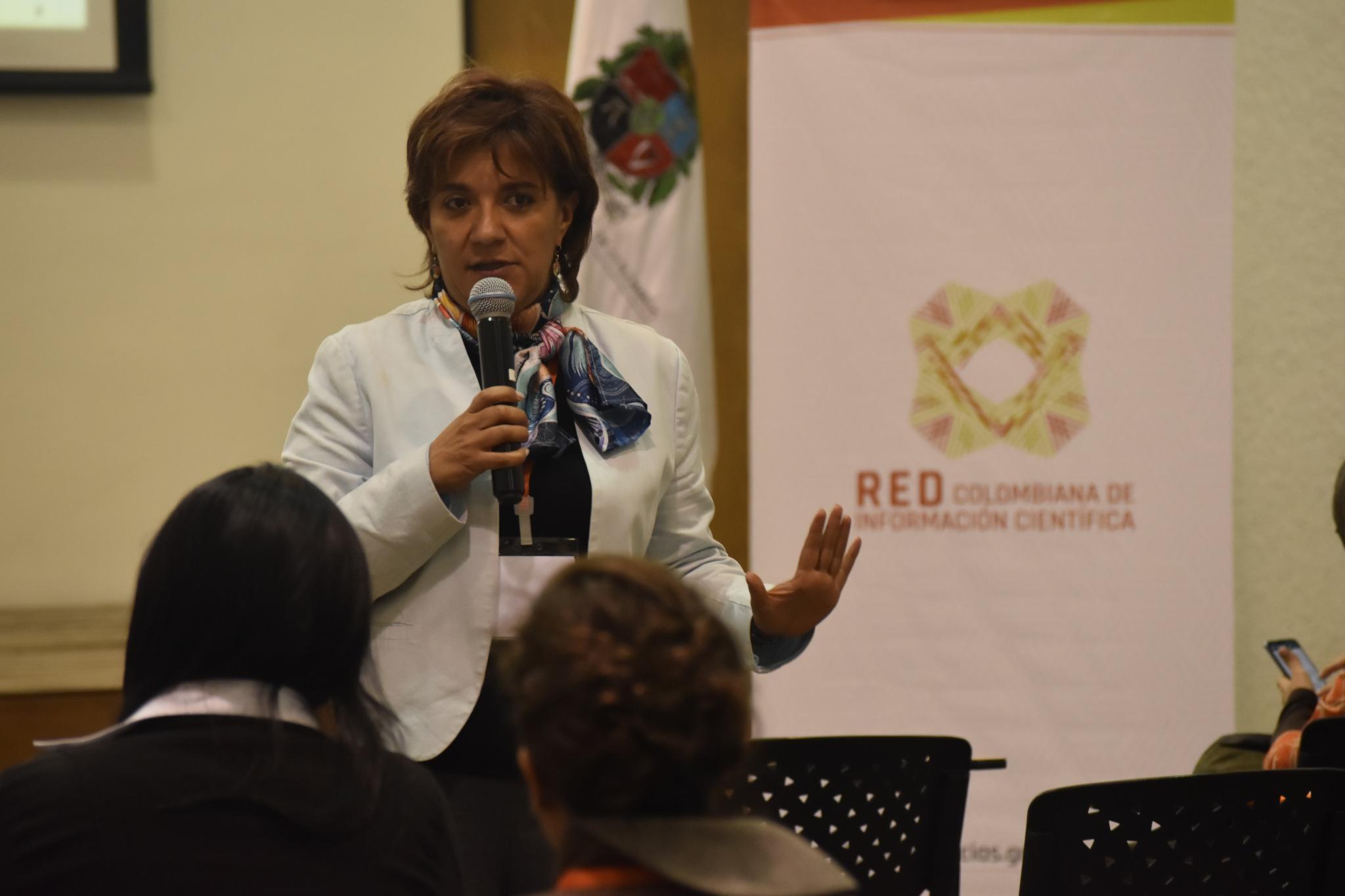 Ruth Helena Vallejo, de Colciencias