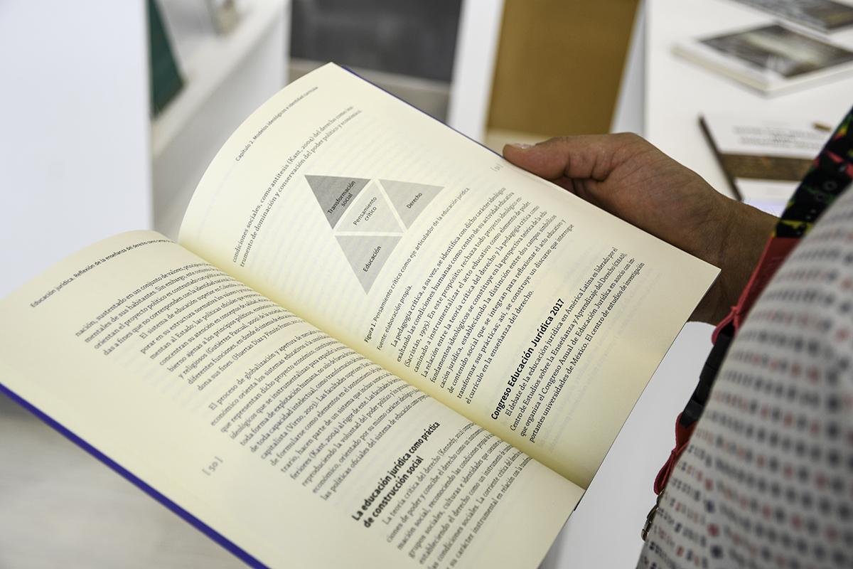 'Educación jurídica. Reflexión de la enseñanza del derecho como pampo del saber educativo' (Facultad de Derecho, Ciencias Políticas y Sociales, Sede Bogotá)